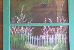 Gewohnheit gemalter alter Fensterbildschirm. Gartenszene für Muttertag gemalt.