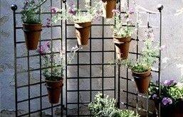 60in.W x 60in.H Iron Garden Screen mit (6) 8in. Blumentopf-Halter