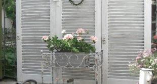 E A Cottage Garden: Drei alte Fensterläden Sichtschutz # Ansicht ...