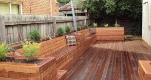38 Wooden Porch Privacy Design für Hinterhof