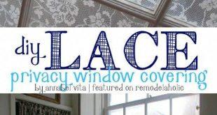 DIY Lace Privacy Fensterabdeckung | Annabel Vita auf Remodelaholic.com #AllThingsW ...