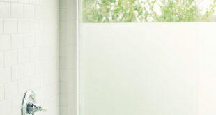 DIY - mit gefrostetem Shelf Liner Paper! macht Milchglas für Master-Badewind ...