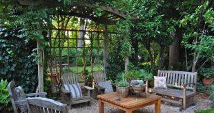 Holen Sie sich Privatsphäre im Hinterhof die subtilere, stilvolle Art und Weise Warum sich mit einer riesigen Ziegelwand zufrieden geben ...