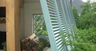 Ich liebe die Farbe der Fensterläden !! Vielleicht auf der Seite des zukünftigen Decks? Bermudas ...