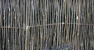 Sieben von Haselnussholz