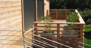balkon-modernes-holzhaus