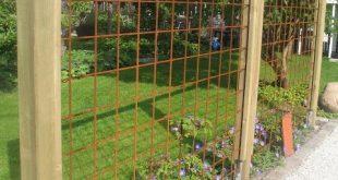 """Der Tagesgarten: Gitter der Bewehrung. Ich nenne das """"Mist, Termiten""""."""