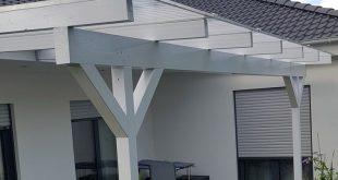 Ein Holzterrassendach der Marke REXOcomplete 6m x 2,5m mit Plexiglas © Alltop S ...