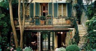 Ein gemütlicher Garten Frankreich Terrasse Ideen 06