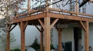 Holz abgehängte Terrasse