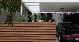 Wie ein horizontaler Holzzaun die Landschaft und die Dekoration beeinflussen kann