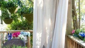 Vorhänge schützen die Terrasse - praktische Idee für Privatsphäre im Garten ...