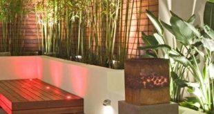 modernes terrassengrün und sichtschutzzaun aus bambus